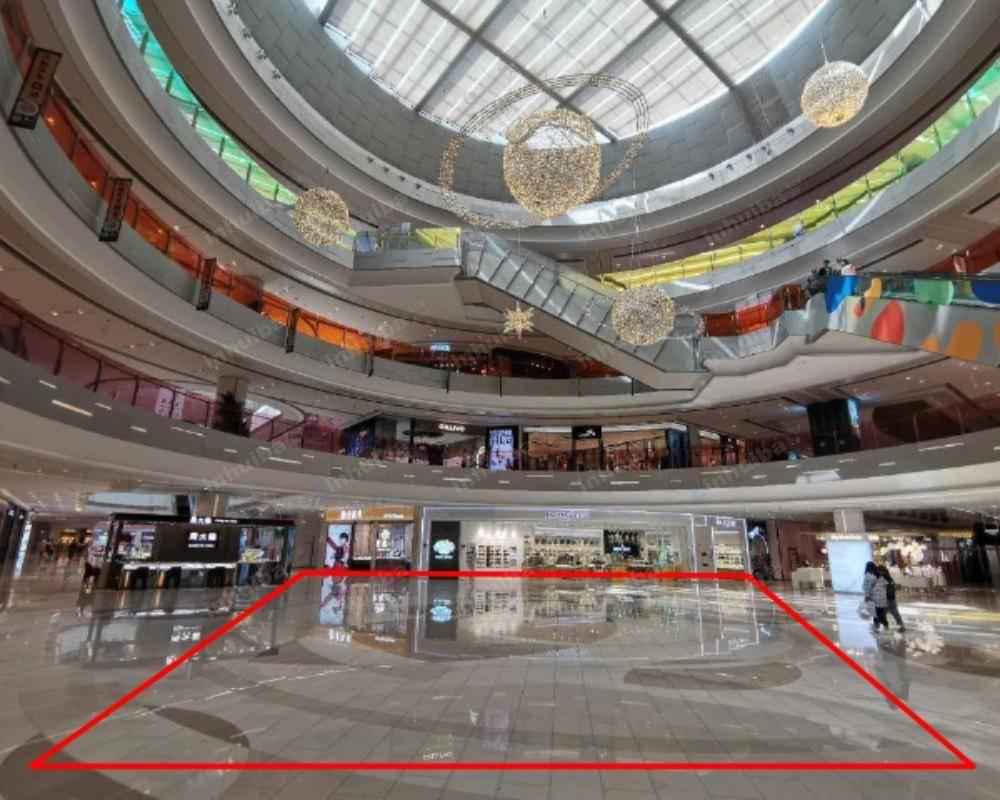 龙湖北京大兴天街 - 一楼中庭