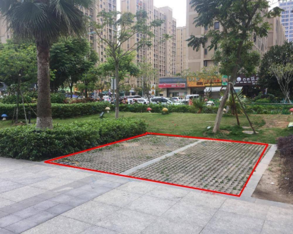 厦门闽篮城市广场 - 外广场西南侧