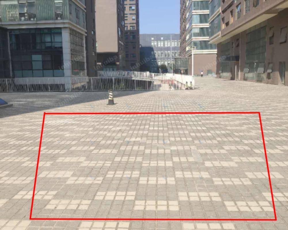 北京BDA国际广场 - 中心广场