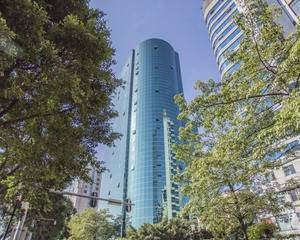 康富来国际大厦大堂左侧空地