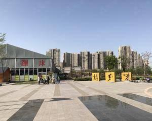 北京利星行广场-广场