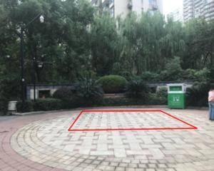 东门圆弧小广场