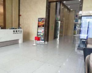 深圳市泽华大厦-1号电梯厅入口处