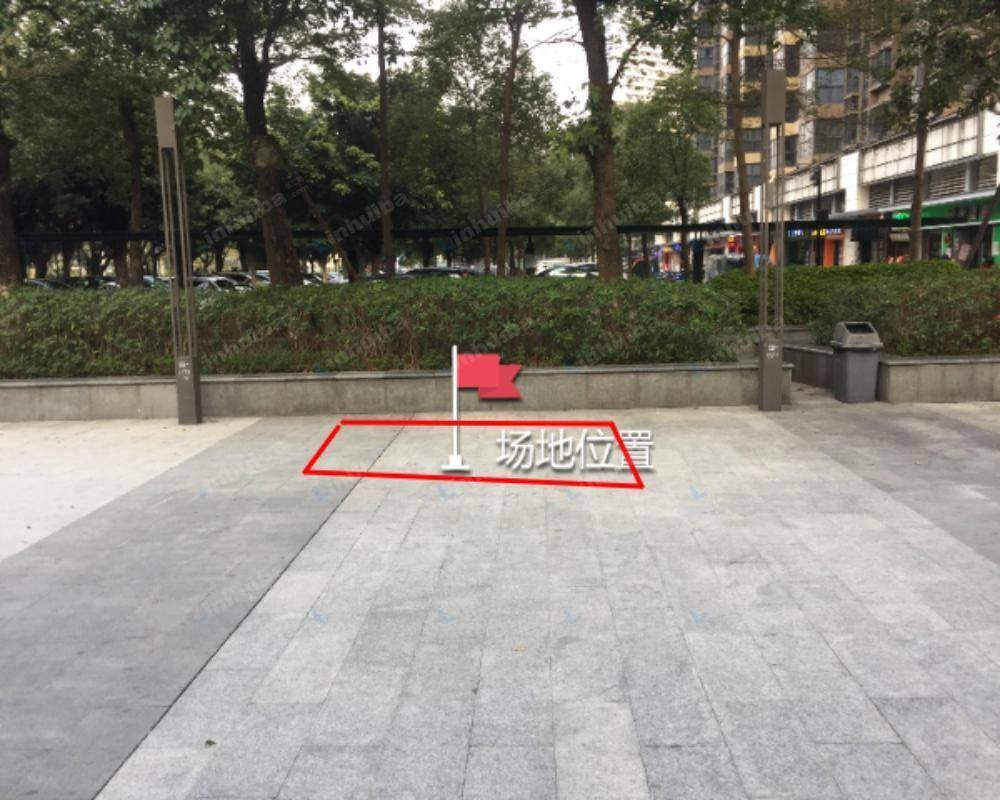佛山时代城二期 - 北门外广场