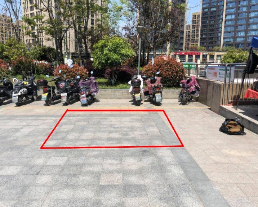 杭州尚坤紫萱广场 - 外广场