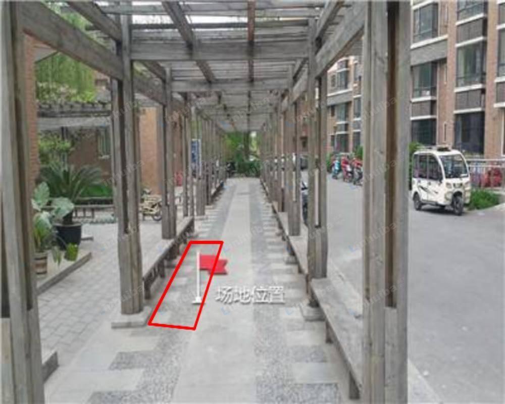 北京西罗园南里京品小区 - 小区中心物业办公室门口走廊