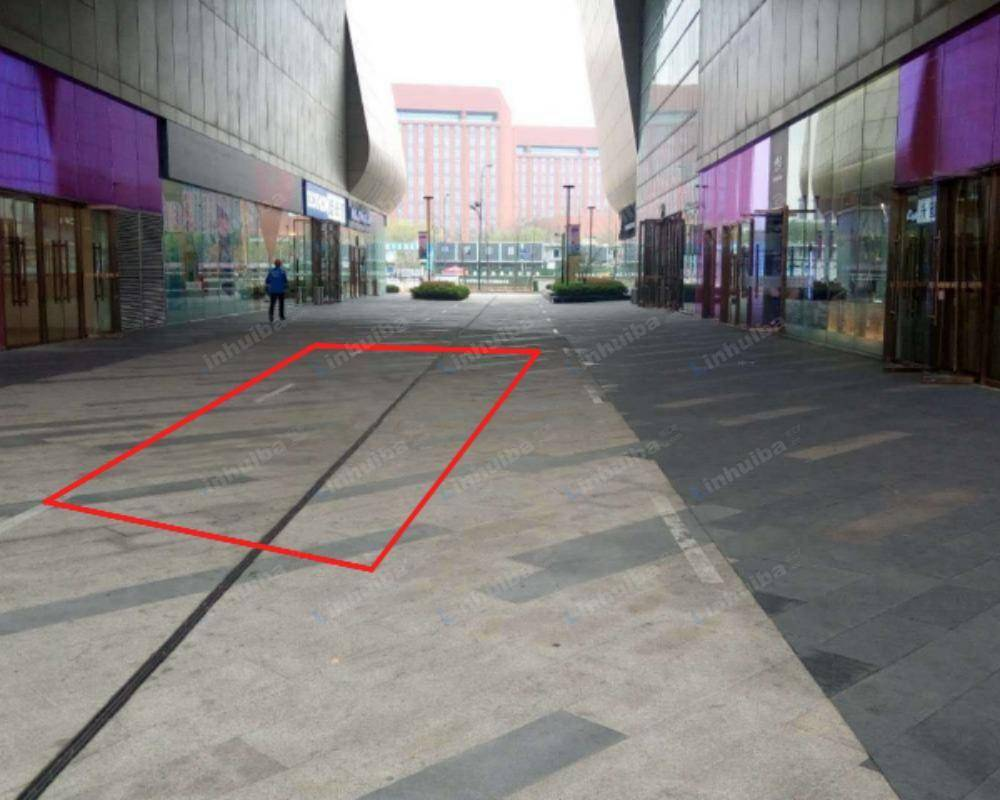 杭州西溪银泰城 - 一楼AB座之间连廊
